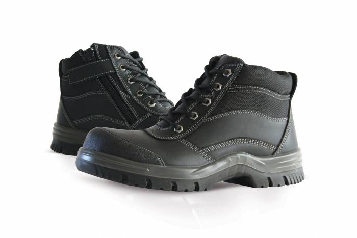 Safety boot black zip lace